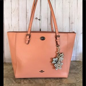 👜👛🛍COACH TURNLOCK SALMON TOTE SHOULDER BAG